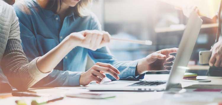 SEM یا بازاریابی در موتورهای جستجو چیست و چگونه کار میکند؟