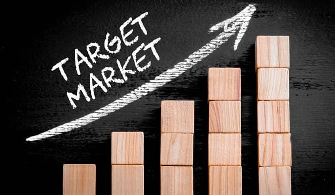 بازار هدف - به آنالیتیک شبکههای اجتماعی و وبسایت توجه کنید