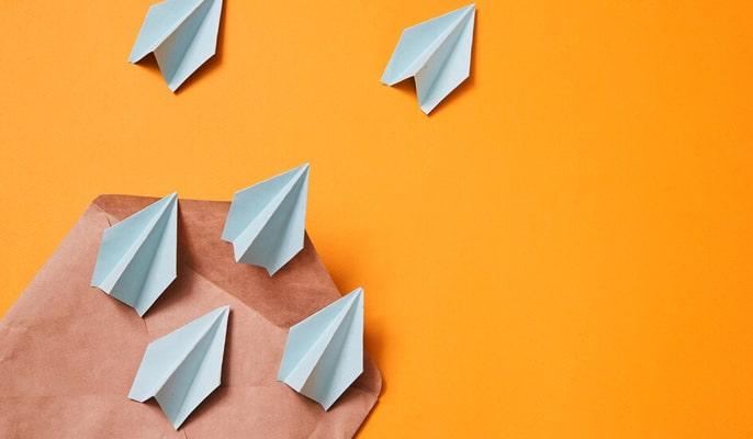 مزیت ایمیل مارکتینگ - ارسال پیام های هدفمند و شخصی