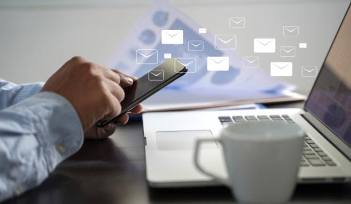 لیست ایمیل - محتوای همیشه سبز را در ایمیلهای خوشآمدگویی خود بگنجانید.